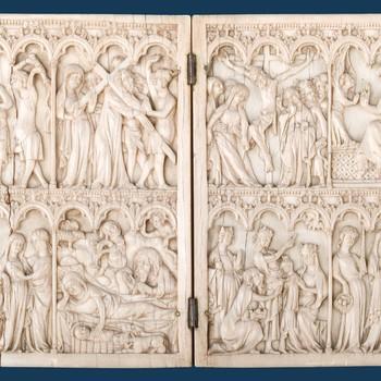 """Basreliëf """"Tweeluikje"""" ivoor, Parijs,1360-1380"""