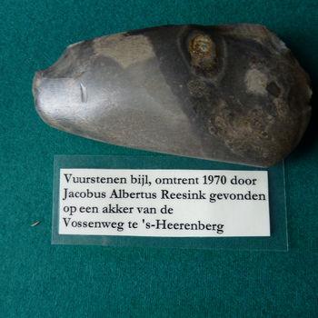 "Bijl ""Vuurstenen bijl"" 4000 - 1700 v. Chr."