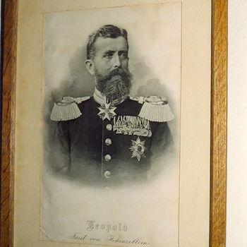 """Portret """"Leopold Fürst von Hohenzollern-Sigmaringen"""" op papier"""