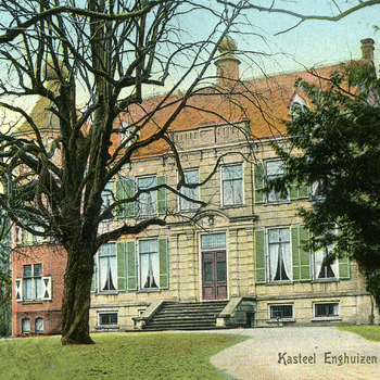 Ansichtkaart met kleurenfoto van de voorgevel van Kasteel Enghuizen te Zevenaar een uitgave van de Goedkoope Winkel ca. 1910