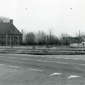 Zwart-wit foto van Huis Aerdt in Herwen 1975
