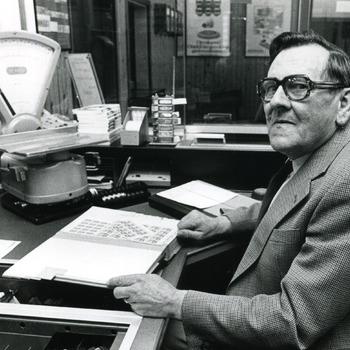 Zwart-wit foto van de heer Lelie te Tolkamer in 1987