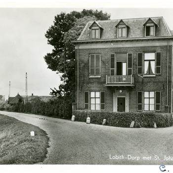 Ansichtkaart van Lobith-Dorp met de Sint Johanna Stichting