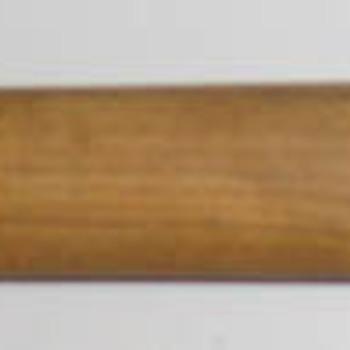 Steel van hout en metaal aan een pionierschop die zit aan een militair koppel van canvas horend bij het uniform van de Engelse 1ste Airborne Divisie in de Slag om Arnhem in september 1944