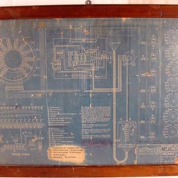 Technische tekening in houten lijst: schakelschema van de liftinstallatie 1930