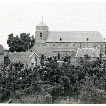 Zwart-wit foto van de Martinuskerk op de Kerkstraat 2 in Pannerden