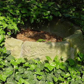 Waterput bovenbouw van Bentheimer steen