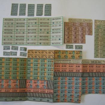Distributiebonnen van papier 1944-1973