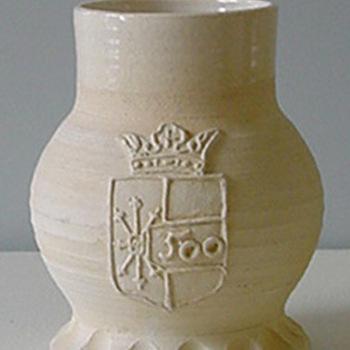 Jacobakan van keramiek en glazuur ter gelegenheid van Zevenaar 500 jaar stadsrechten door L. Goldewijk 1987