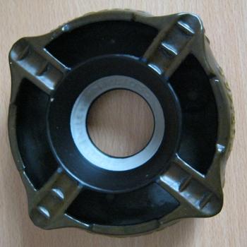 Onderste deel van een asbak uit twee delen van keramiek van Turmac