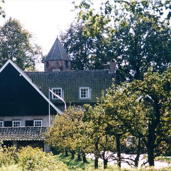 Kleurenfoto van De Magerhorst te Duiven door Ab Hendriks september 2003