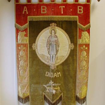 Vaandel van textiel inclusief toebehoren van de A.B.T.B. Didam ca. 1920