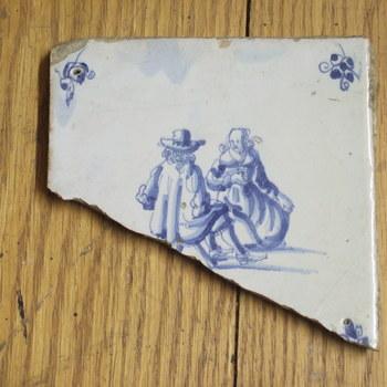 tegel met voorstelling van man en vrouw, 17e eeuw