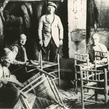 Foto, voorstellende meubel industrie, Culemborg, circa 1900