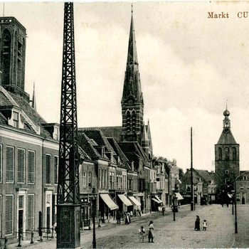 Ansichtkaart, voorstellende de Markt te Culemborg, circa 1916