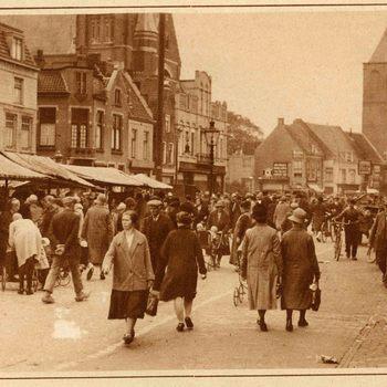 Foto, voorstellende marktdag te Culemborg, jaren '20