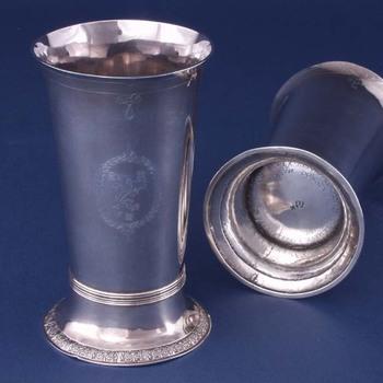 avondmaalsbeker van glad zilver, anoniem, 1606