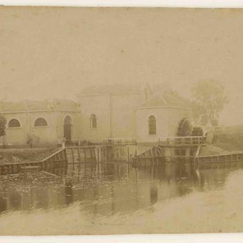 Foto, voorstellende gemaal De Horn, Leerdam, eind 19e eeuw