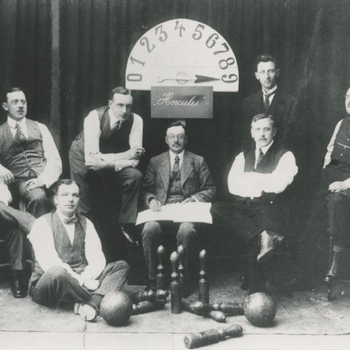 Foto, voorstellende Kegelclub Hercules te Culemborg, 1910-1930