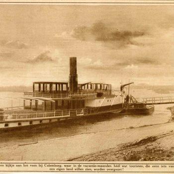 Foto, voorstellende de raderboot op de Lek te Culemborg, jaren '20