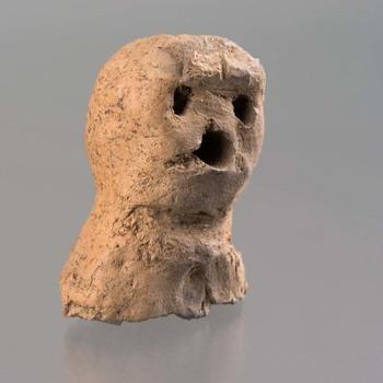 Figuur van klei uit de bronstijd