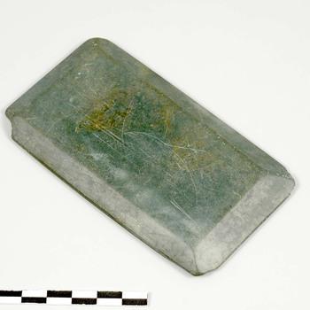 Zalfsteen van natuursteen uit de midden Romeinse tijd