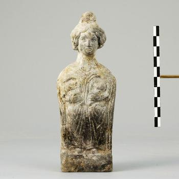 Terracotta beeldje van de Mater (moedergodin), uit de Romeinse tijd