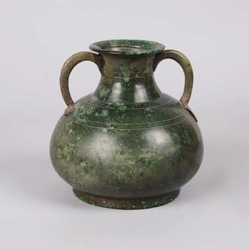 Kleine amfoor van brons uit de midden Romeinse tijd