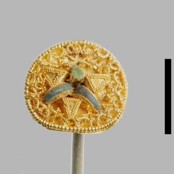 Fragment van een gouden sieraad uit de Romeinse tijd