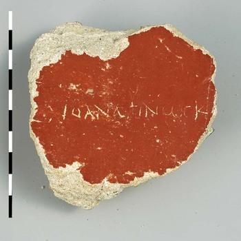 Fragment van een muurschildering uit de Romeinse tijd, met een graffito in Grieks