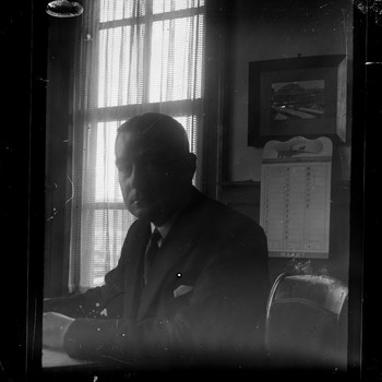 Portret van Bruins Slot, burgemeester van Nijkerk van 1939 tot 1957 (maart 1940)