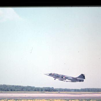 F-104G in de landing op vlb Deelen, 1970