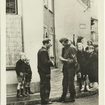 Ronselen en razzia's in oktober 1944