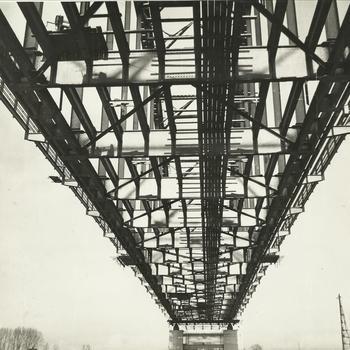 herstelwerkzaamheden, spoorbrug, brugpijler
