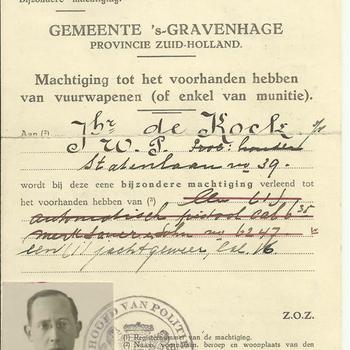 machtiging tot het voorhanden hebben van vuurwapenen ( of enkel van munitie) - Jhr. de Cock - 27 januari 1934
