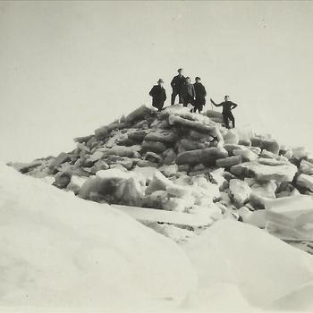 De loswal van Millingen, kruiend ijs