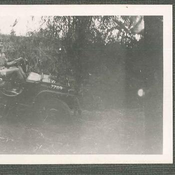 'Fokky', soldaat KNIL in Jeep, Nederlands-Indië