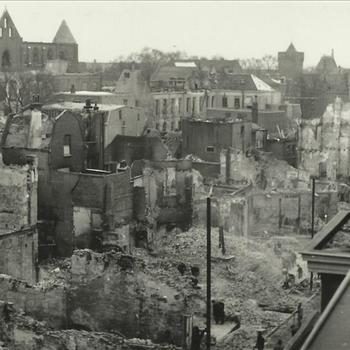 bombardement Nijmegen; gezicht op Kronenburgerpark