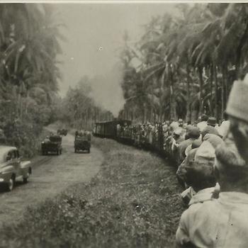 Ned. Indië na WO 2; militair, trein, weg, voertuig