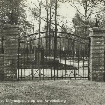 Poort, De Grebbeberg, militaire begraafplaats