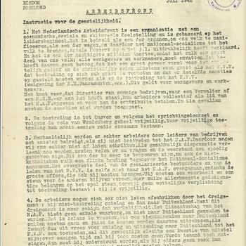 Brief van het bisdom Roermond met instructies voor de geestelijkheid betreffende het Nederlands Arbeidsfront, de Landstand, de Arbeidsdienst, de Cultuurkamer, verboden voor Joden, het A.V.L.O.N. etc., d.d. juli 1942
