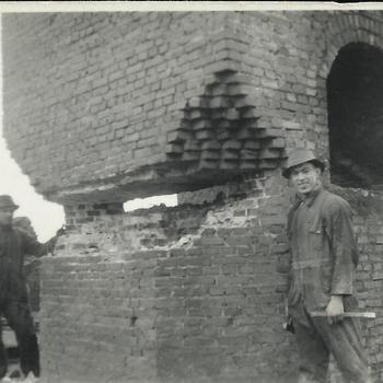 Steenfabriek Spijk, schoorsteen oven D, voorbereidingen sloop