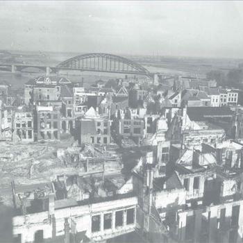 stadscentrum Nijmegen en Waalbrug, 28 september 1944