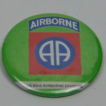 Button, Airborne, US 82nd Airborne Division.