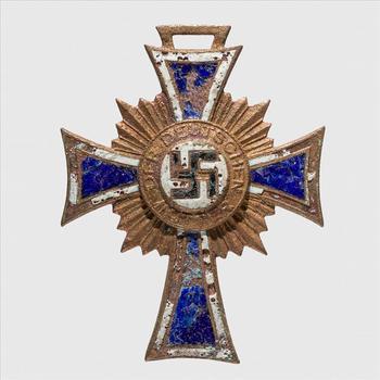 Onderscheiding. Duitsland.   Moederkruis. Duitsland. 1938-1945. Brons.