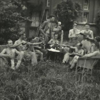 Indië na WO 2, Sumatra; militair, ontspanning, bier