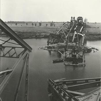 spoorbrug, kapot, rivier