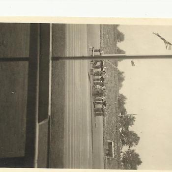 parade voor voetbalwedstrijd tussen Arsenal en the British Liberation Army team, 11 augustus 1945