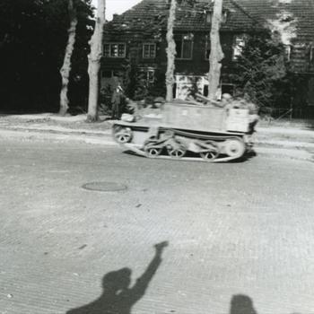 Nijmegen, Bren Carrier met hoge snelheid