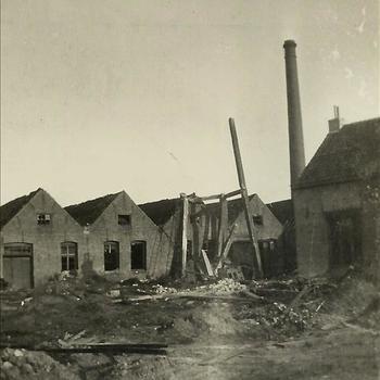 Peel-Raamstelling bij Mill, verwoesting, schoorsteen, fabriek